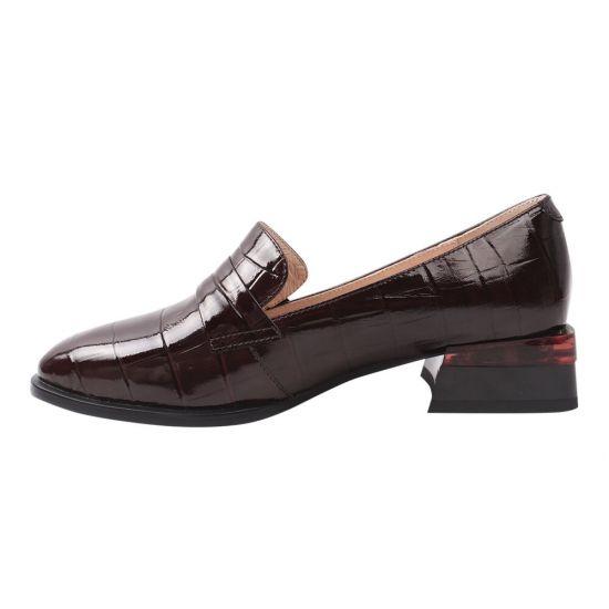 Туфлі жіночі з натуральної лакової шкіри, на великому каблуці, колір бордовий, Vidorcci