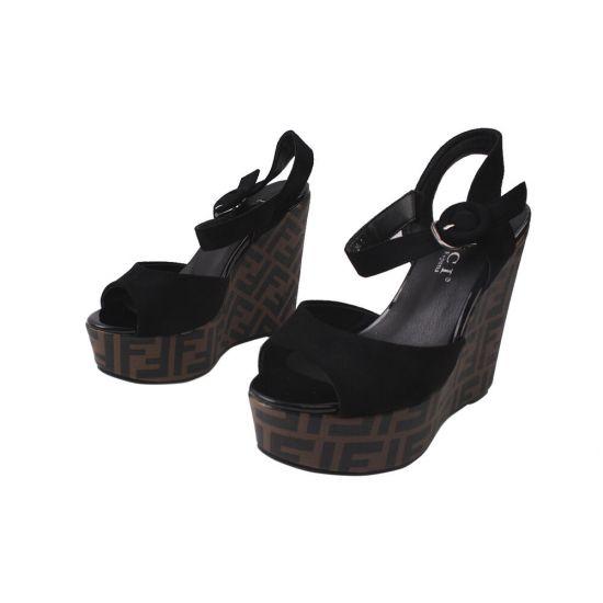 Босоніжки жіночі з еко замші, на платформі, чорні, Liici