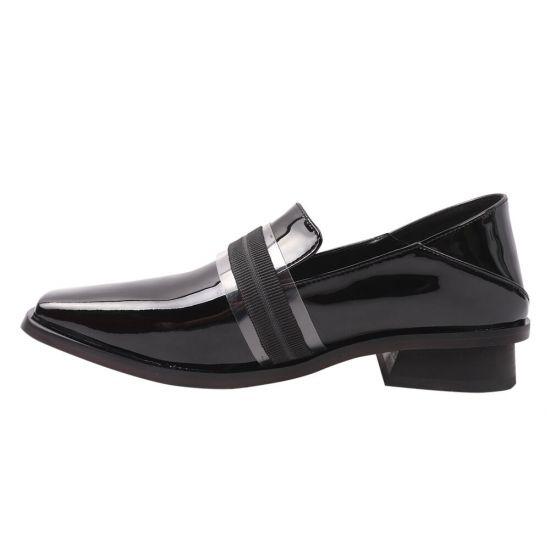 Туфлі жіночі з натуральної лакової шкіри, на низькому ходу, колір чорний, Brocoly