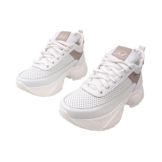 Кросівки жіночі з натуральної шкіри, на низькому ходу, на шнурівці, колір білий, Road Style