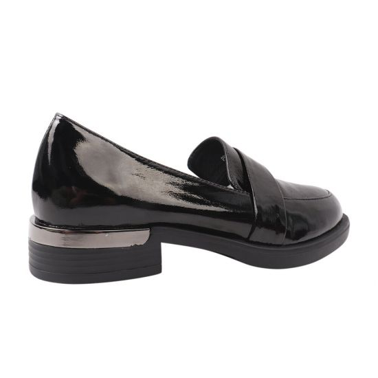 Туфлі жіночі з натуральної лакової шкіри, на низькому ходу, чорні, Farinni