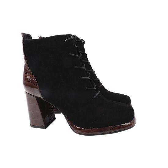 Ботильйони жіночі з натуральної замші, на великому каблуці, на шнурівці, колір чорний, Angelo Vani 157-21DH