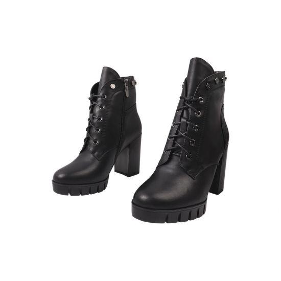 Ботильйони жіночі з натуральної шкіри, на великому каблуці, на шнурівці, чорні, Vidorcci
