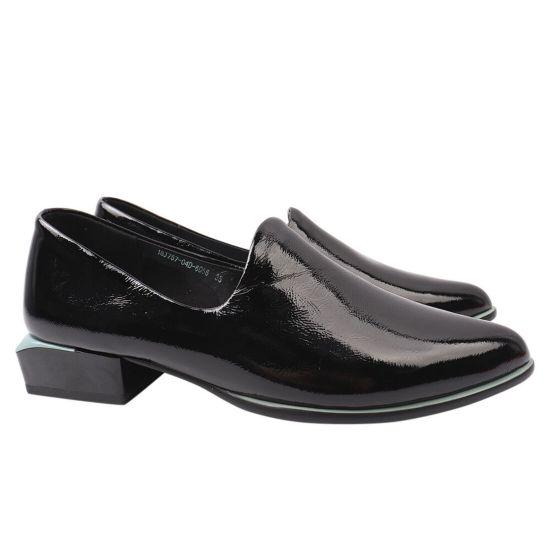 Туфлі жіночі з натуральної лакової шкіри, на низькому ходу, чорні, Brocoly