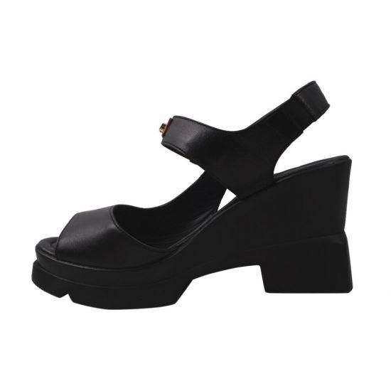 Босоніжки на платформі жіночі Molly Bessa натуральна шкіра, колір чорний