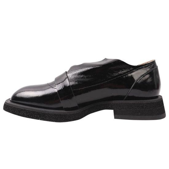 Туфлі жіночі з натуральної лакової шкіри, на низькому ходу, колір чорний, Туреччина Lottini