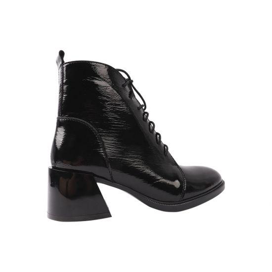 Ботильйони жіночі з натуральної лакової шкіри, на шнурівці, на великому каблуці, чорні, Україна R&Y