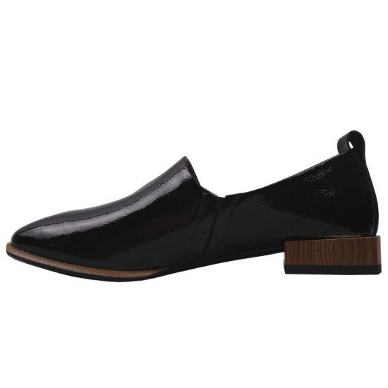 Туфлі комфорт жіночі Brocoly Лакова натуральна шкіра, колір чорний