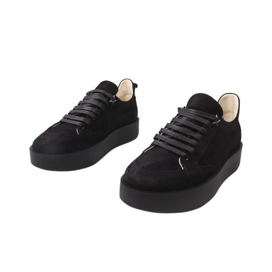 Кеди жіночі з натуральної замші, на низькому ходу, на шнурівці, колір чорний, Україна Vadrus